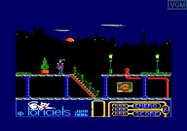 Image in-game du jeu 1942 & Billy La Banlieue & Bombjack & Green Beret sur Amstrad CPC