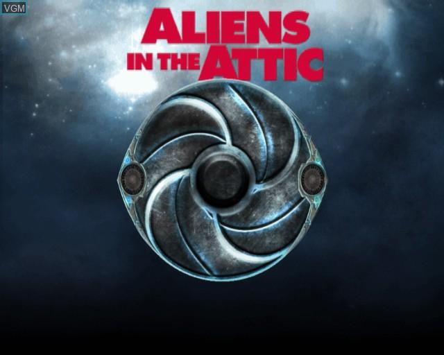 Image de l'ecran titre du jeu Aliens in the Attic sur Sony Playstation 2